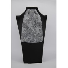 (46) Silver/Grey Paisley Contrast Colour Middle