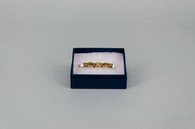 Equi-Jewel Stock Pin - 6mm & 3mm Gold Jewels