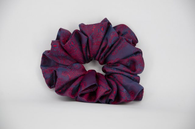 Equi-Jewel (52) Navy/Red Paisley Single Colour Scrunchie