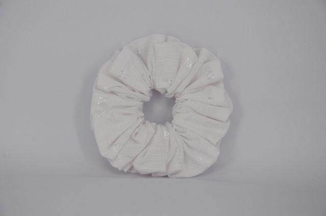 Equi-Jewel EJS-01 White Embossed Square Scrunchie