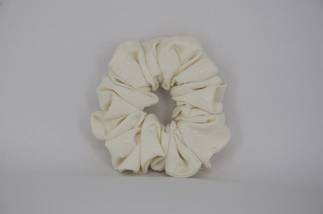 Equi-Jewel EJS-08 Ivory Self Diamond Scrunchie