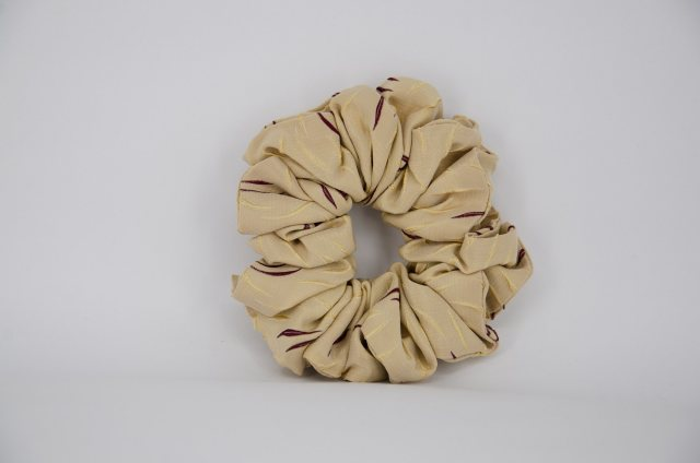 Equi-Jewel EJS-22 Gold & Burgundy Scrunchie